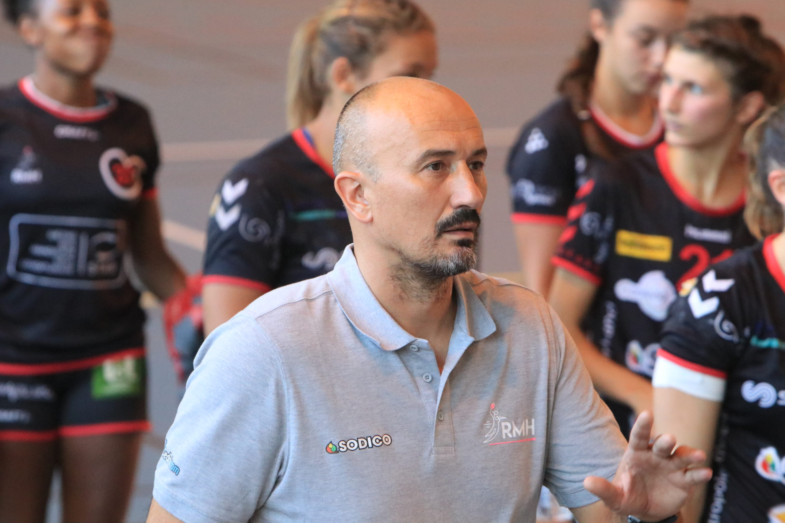 JRS39-PAGE-24-DOSSIER-COACH-OLIVIER-MANTES